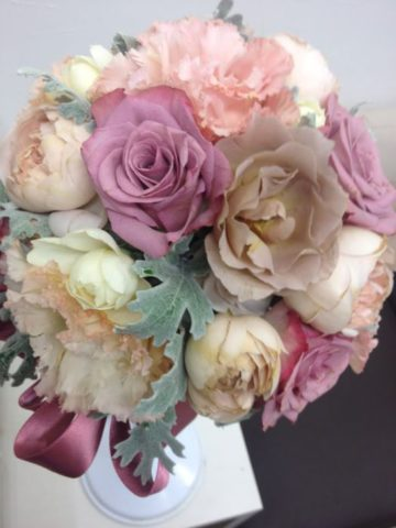 ブライダルブーケ・花束・アレンジメントを押し花額にします♪