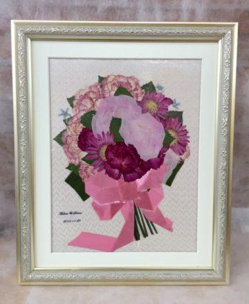 プロポーズの花束を、押し花額にして結婚式のサプライズに♡